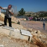 Three injuries at weekly demonstration in Bil'in