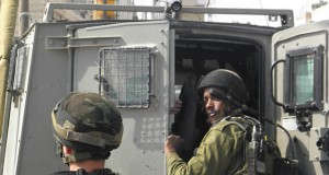 Beit Ummar solidarity with prisoners - Click here for more images