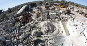 Demolitions near Qalqilia - Click here for more images
