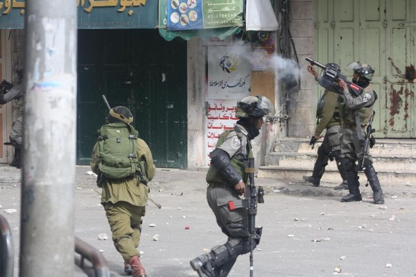 Soldiers fire tear gas and steel coated rubber bullets at demonstrators