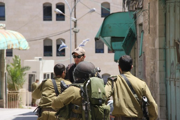 Gustav Karlsson being arrested in Hebron
