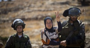 Palestinian activist Neriman Tamimi today being arrested (Photo by: Oren Ziv/Activestills)