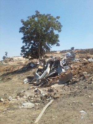 Destroyed Bedouin homes (photo by ISM)