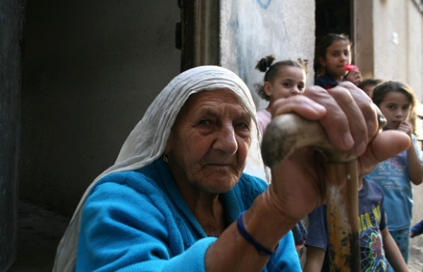 Recording the testimony of Nakba survivors is essential for educating future generations of Palestinians, say oral historians. (APA images)