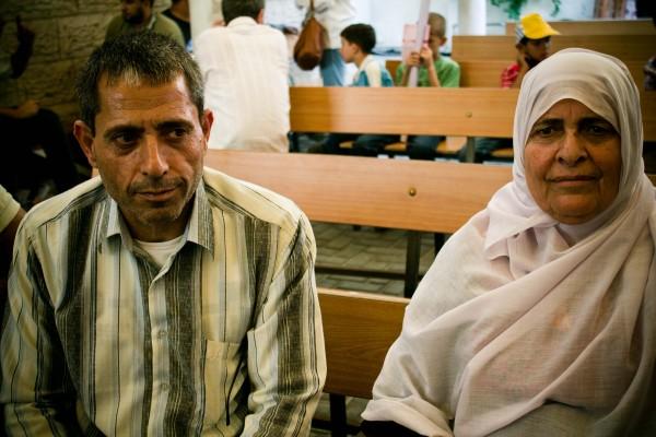 Ghalia, or Um Ibrahim (right), and Ibrahim Baroud. (Photo by Gal·la López)