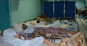 Patients at el-Wafa, forced to be evacuated (Photo by Charlie Andreasson).