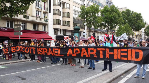 Paris, France (https://twitter.com/Campagnebds)