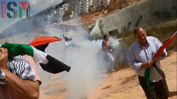 teargas2