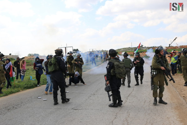 stun grenades protesters Nabi