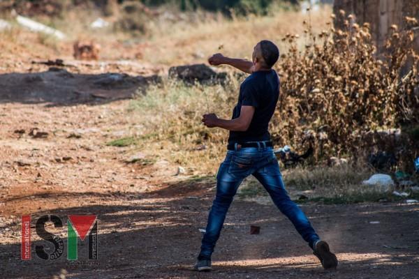 Palestinian throwing