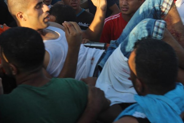 Palestinian man shot in the stomach by Israeli forces