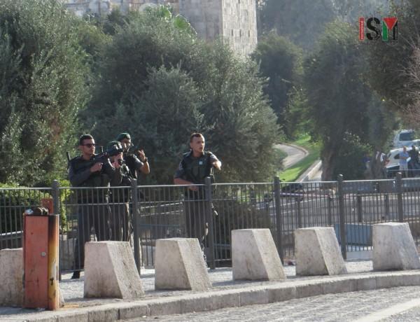 Israeli forces threatening bystanders