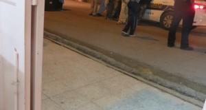 Settlers outside Ghassans shop