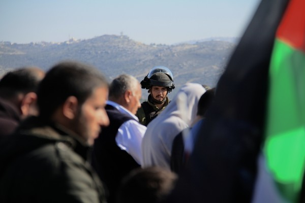Soldiers stopped Palestinians from going to pray on top of the hill