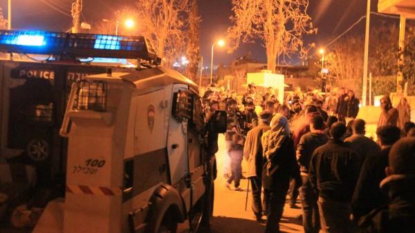 More Israeli forces arrive to push back non violent Palestinians