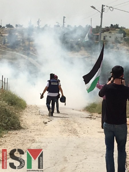 Peaceful protesters being attacked by Israeli Forces. One person needed medical treatment.