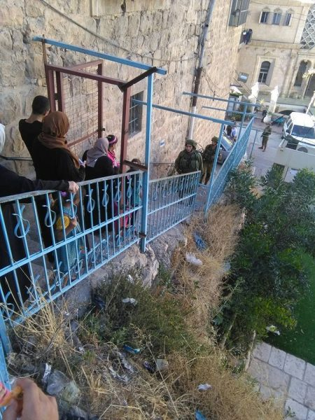 Palestinians stopped by Israeli forces on the Qurtuba stairs Photo credit: Youth Against Apartheid