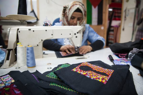 Women in Hebron-4