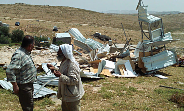 photo following the April demolitions in Umm al Khair Photo credits: Mairéad Nic Gabhann