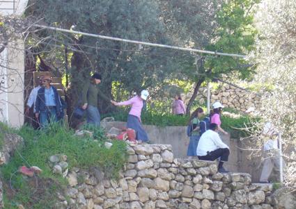 Settlers evacuate Palestinian property